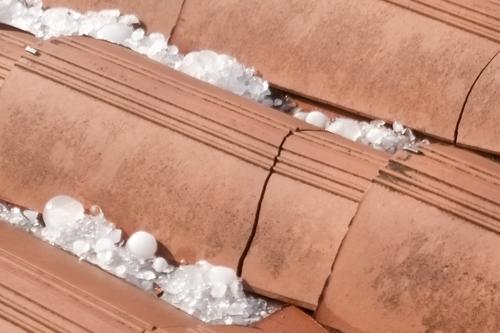 Nettoyage d moussage chris toiture - Produit pour nettoyage toiture tuiles ...